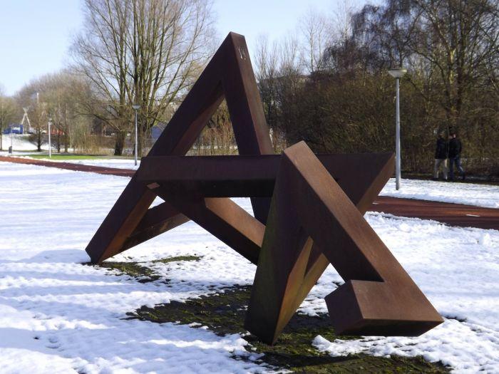 Uit de driehoek